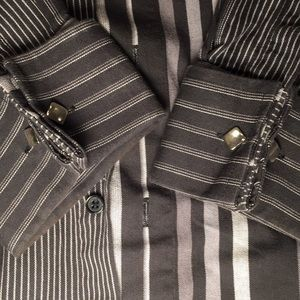 👔 Eight Eight Size Large Striped Button Up Black